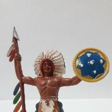 Figuras de Goma y PVC: JEFE INDIO CON LANZA Y ESCUDO . REALIZADO POR M. SOTORRES . AÑOS 50 EN GOMA. Lote 190161413