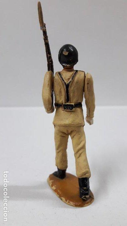 Figuras de Goma y PVC: SOLDADO DE INFANTERIA - DESFILE . REALIZADO POR TEIXIDO . AÑOS 50 EN GOMA - Foto 4 - 190231021