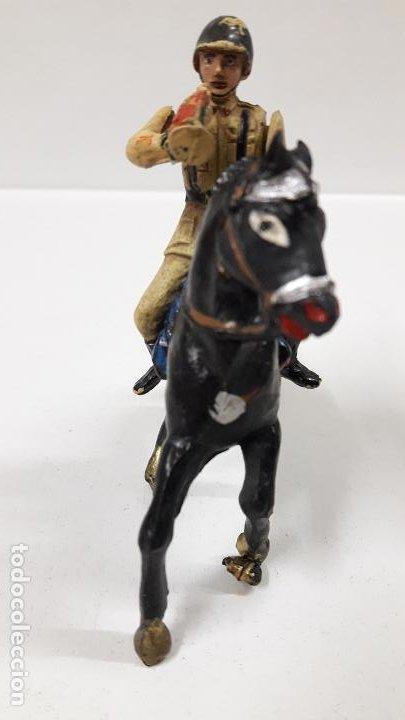 Figuras de Goma y PVC: SOLDADO ESPAÑOL CON TROMPETA A CABALLO - DESFILE . REALIZADO POR TEIXIDO . AÑOS 50 EN GOMA - Foto 3 - 190231341