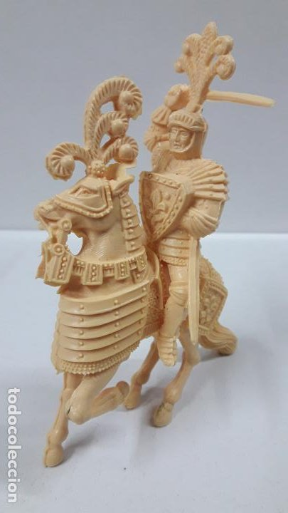 Figuras de Goma y PVC: GUERREROS MEDIEVALES . REALIZADOS POR LAFREDO . SERIE GRANDE . AÑOS 60 . EN PLASTICO MONOCOLOR - Foto 3 - 190406322