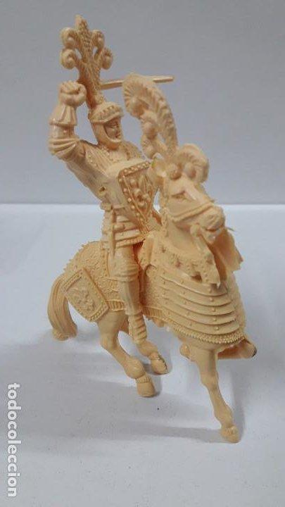 Figuras de Goma y PVC: GUERREROS MEDIEVALES . REALIZADOS POR LAFREDO . SERIE GRANDE . AÑOS 60 . EN PLASTICO MONOCOLOR - Foto 4 - 190406322
