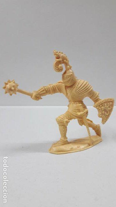 Figuras de Goma y PVC: GUERREROS MEDIEVALES . REALIZADOS POR LAFREDO . SERIE GRANDE . AÑOS 60 . EN PLASTICO MONOCOLOR - Foto 5 - 190406322