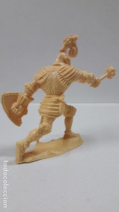 Figuras de Goma y PVC: GUERREROS MEDIEVALES . REALIZADOS POR LAFREDO . SERIE GRANDE . AÑOS 60 . EN PLASTICO MONOCOLOR - Foto 6 - 190406322