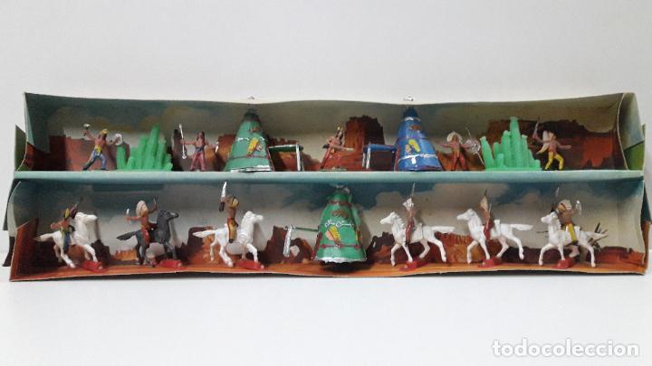 Figuras de Goma y PVC: CAJA ORIGINAL DE MINI OESTE . INDIOS - REF 105 . REALIZADA POR COMANSI . AÑOS 60 - Foto 4 - 190736555