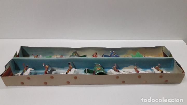 Figuras de Goma y PVC: CAJA ORIGINAL DE MINI OESTE . INDIOS - REF 105 . REALIZADA POR COMANSI . AÑOS 60 - Foto 10 - 190736555