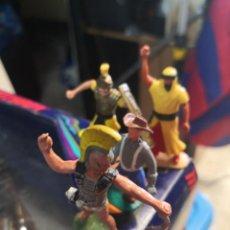 Figuras de Goma y PVC: 4 FIGURAS PLÁSTICO BRITAIN TIMPO . Lote 191154602
