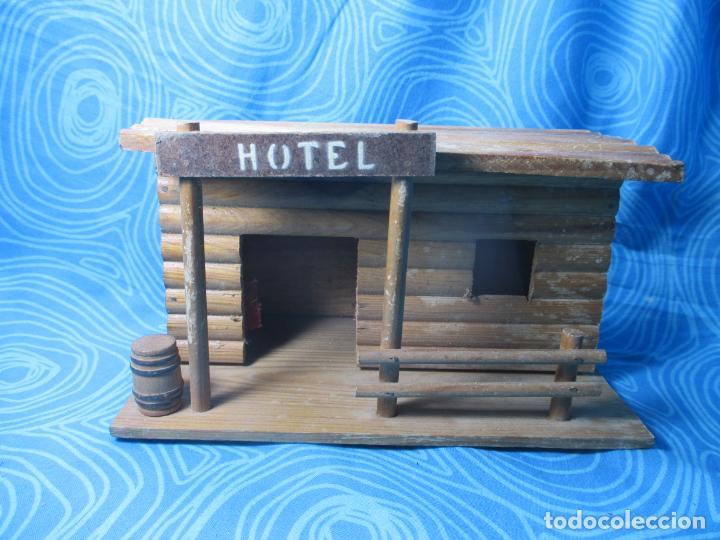ANTIGUO HOTEL COMANSI (Juguetes - Figuras de Goma y Pvc - Comansi y Novolinea)