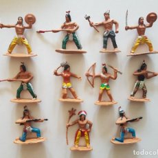 Figuras de Goma y PVC: CONJUNTO INDIOS GOMA. Lote 191263098