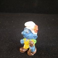 Figuras de Goma y PVC: PITUFO EXCURSIONISTA PEYO GERMANY. Lote 191264061