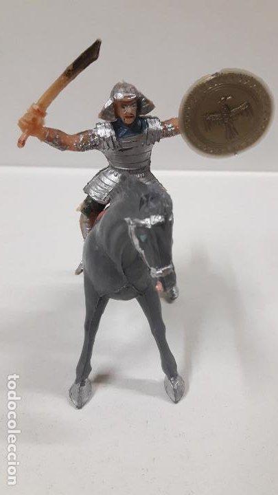 Figuras de Goma y PVC: SAMURAI A CABALLO - ESCUDO DESMONTABLE . REALIZADO ESTEREOPLAST . SERIE EL JABATO . ORIGINAL AÑOS 60 - Foto 3 - 191568461