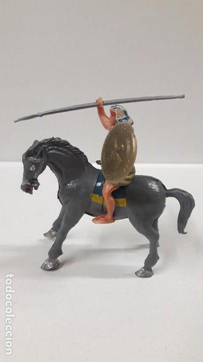 Figuras de Goma y PVC: EGIPCIO A CABALLO - ESCUDO DESMONTABLE . REALIZADO ESTEREOPLAST . SERIE EL JABATO . ORIGINAL AÑOS 60 - Foto 5 - 191568857