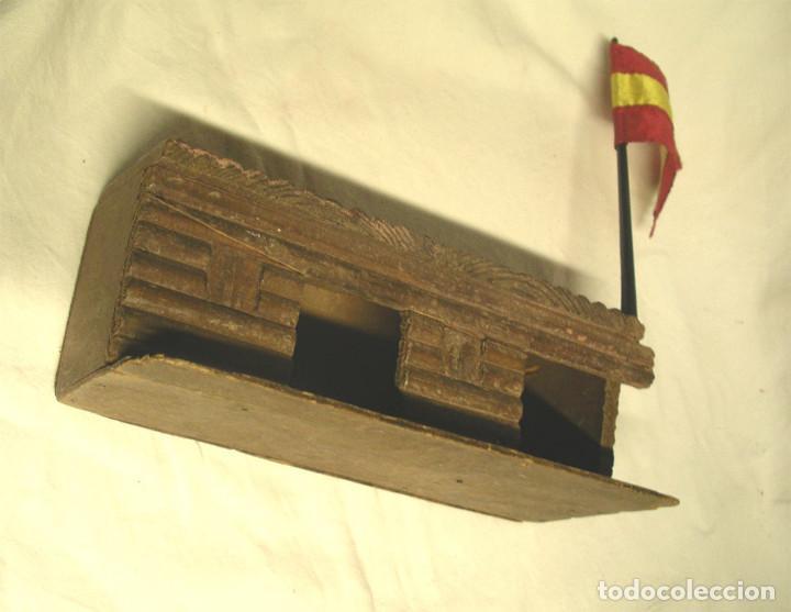 Figuras de Goma y PVC: 3 Vaqueros y Cárcel Fuerte Madera reamsa. Med. carcel 24 x 10,50 x 8 cm - Foto 4 - 191683000