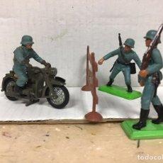 Figuras de Goma y PVC: POSICION MILITAR ALEMANA MOTO DESFILE BRITAINS GUERRA MUNDIAL NO PECH JECSAN REAMSA COMANSI . Lote 191850188