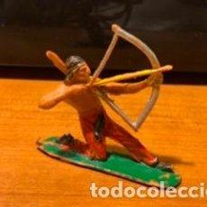 Figuras de Goma y PVC: ANTIGUA FIGURA, INDIO, TIPO COMANSI, AÑOS 60. Lote 191897376