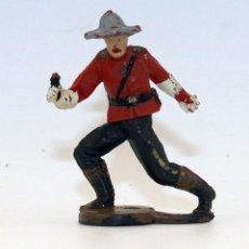 Figuras de Borracha e PVC: GAMA - FIGURA POLICIA MONTADA DE CANADA - GOMA - 50MM - ARTICULADAS EN CINTURA - DOS PIEZAS. Lote 192062061
