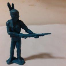 Figuras de Goma y PVC: FIGURA INDIO PLASTICO PIPERO. Lote 192162733