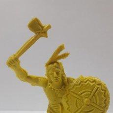 Figuras de Goma y PVC: GUERRERO INDIO . AÑOS 70 . EN PLASTICO MONOCOLOR. Lote 192246802