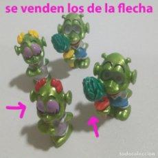Figuras de Borracha e PVC: KINDER ALIENS EXTRATERRESTRES OVNI ALIEN MUÑECOS FIGURA MUÑECOS FERRERO MONOBLOC VARIANTE. Lote 192272647