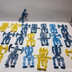Figuras de Goma y PVC: LOTE 20 MONTAPLEX SOLDADOS MOVIBLES RAROS . Lote 192283130