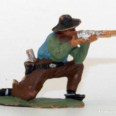 Figuras de Goma y PVC: REAMSA - TEXAS COWBOYS - 60MM - PLASTICO - VAQUERO ARRODILLADO DISPARANDO - AÑOS 1953-1956. Lote 192311775