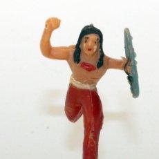 Figuras de Goma y PVC: REAMSA - INDIO COMANCHE CON ESCUDO - 60MM - PLASTICO - AÑOS 1953-1956. Lote 192354756