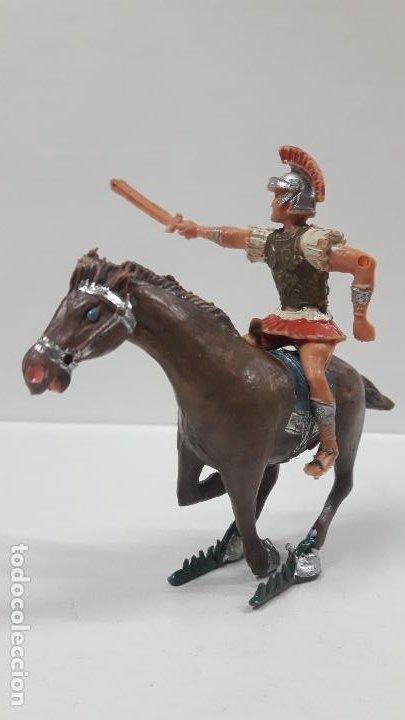 Figuras de Goma y PVC: QUINTO ARRIO A CABALLO . REALIZADO POR ESTEREOPLAST . SERIE EL JABATO . AÑOS 60 - Foto 2 - 192781232