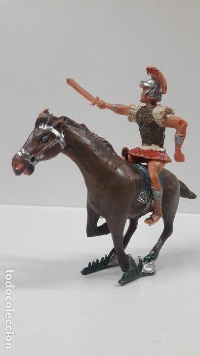 Figuras de Goma y PVC: QUINTO ARRIO A CABALLO . REALIZADO POR ESTEREOPLAST . SERIE EL JABATO . AÑOS 60 - Foto 4 - 192781232