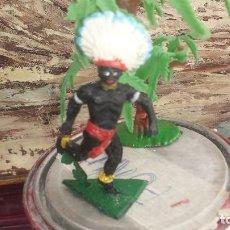 Figuras de Goma y PVC: AFRICANO EN LA JUNGLA. Lote 192878900