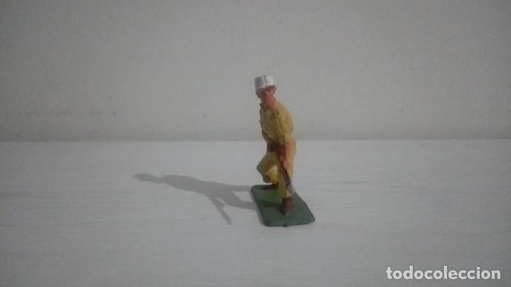 Figuras de Goma y PVC: Figura Starlux. - Foto 3 - 193194966