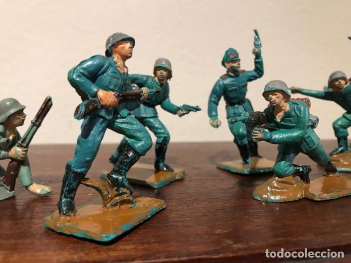 Figuras de Goma y PVC: Lote de 8 soldados alemanes de la Segunda Guerra Mundia. Pech. No Jecsan. No Reamsa - Foto 2 - 193281060