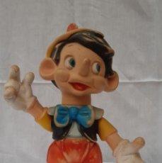 Figuras de Goma y PVC: MUÑECO ANTIGUO DE FAMOSA DE WALT DISNEY FABRICADO EN ESPAÑA 35 CMS. DE ALTO . Lote 193333407