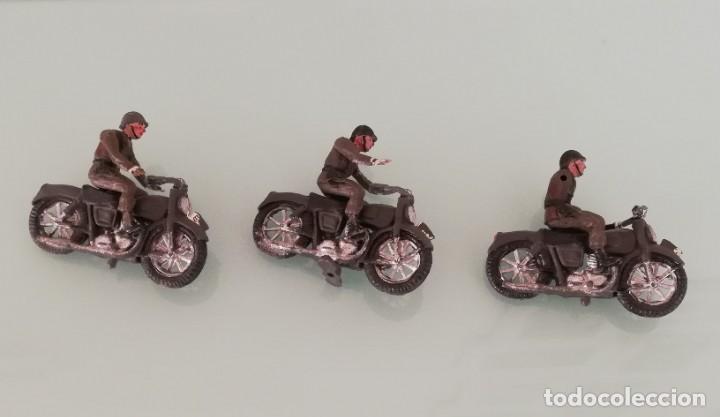 FIGURAS DE 3 MOTOS DE TEIXIDO, MOTO DESFILE DE INFANTERIA, REALIZADAS EN PLASTICO, AÑOS 60, MUY RARA (Juguetes - Figuras de Goma y Pvc - Teixido)