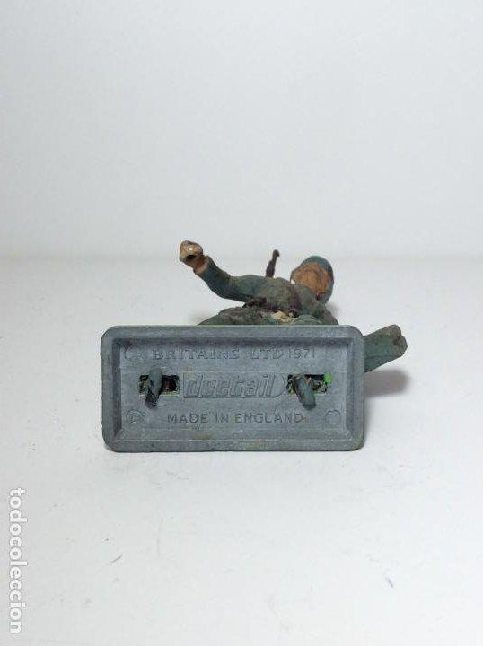 Figuras de Goma y PVC: LOTE 5 FIGURAS SOLDADOS ALEMANES 2ª GUERRA MUNDIAL BRITAINS 1971 13 - Foto 3 - 193695350