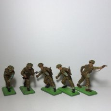 Figuras de Goma y PVC: LOTE 5 FIGURAS SOLDADOS INGLESES 2ª GUERRA MUNDIAL BRITAINS 1971 19. Lote 193700188