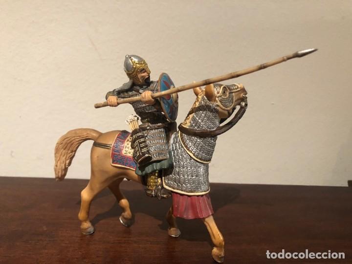 Figuras de Goma y PVC: Guerrero mongol Scleich. Nómadas estepas. Khan - Foto 3 - 193832047