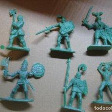 Figuras de Goma y PVC: MONTAPLEX. Lote 193839143