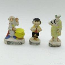 Figuras de Goma y PVC: RARAS PEQUEÑAS FIGURAS HECHAS EN PASTA DE ASTÉRIX Y OBÉLIX, DRUIDA, CÉSAR Y PEPE. Lote 193868595