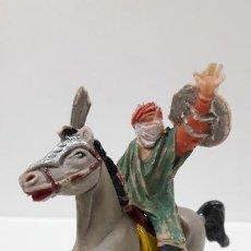 Figuras de Goma y PVC: GUERRERO MORO - SARRACENO A CABALLO . REALIZADO POR JECSAN . SERIE BEN YUSUF . ORIGINAL AÑOS 60. Lote 193957205