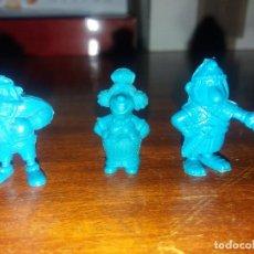 Figuras de Goma y PVC: LOTE 3 FIGURAS ASTÉRIX AZULES. DARGAU. AÑOS 70. Lote 194069716