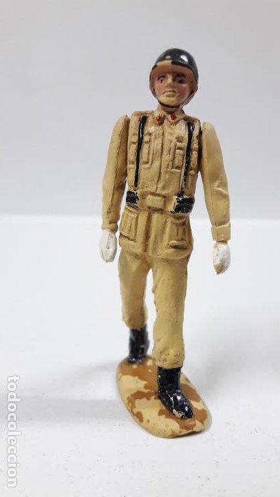 Figuras de Goma y PVC: SOLDADO ESPAÑOL EN DESFILE . REALIZADO POR TEIXIDO . AÑOS 50 EN GOMA - Foto 3 - 194111662