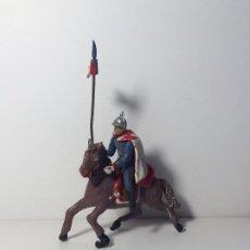 Figurines en Caoutchouc et PVC: FIGURA A CABALLO LANCERO GUARDIA DEL GENERALISIMO DESFILE EN GOMA 1. Lote 194128471
