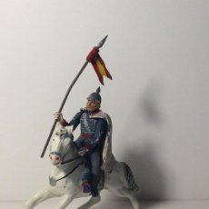 Figurines en Caoutchouc et PVC: FIGURA A CABALLO LANCERO GUARDIA DEL GENERALISIMO DESFILE EN GOMA 3. Lote 194128635