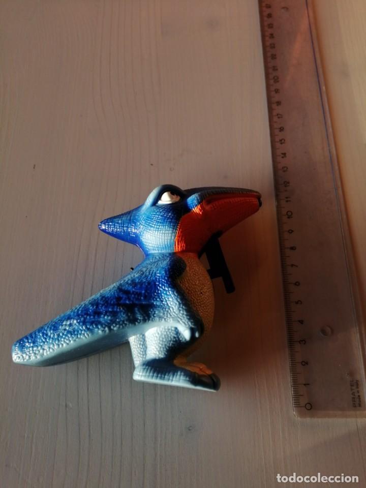 Figuras de Goma y PVC: Mc Donalds Ptedoráctilo serie Dino Squirters Vintage Happy Meal Cajita Feliz año 1997 - Foto 3 - 194236912