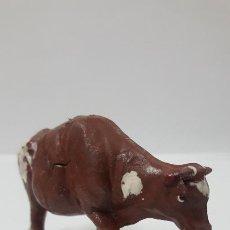Figuras de Goma y PVC: VACA . REALIZADA POR GAMA . AÑOS 50 EN GOMA. Lote 194256912