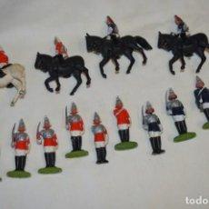 Figuras de Goma y PVC: 14 SOLDADOS VARIADOS Y CABALLOS / DE FOR BRITAINS LTD. - ANTIGUOS - PLÁSTICO / PVC ¡MIRA FOTOS!. Lote 194291180