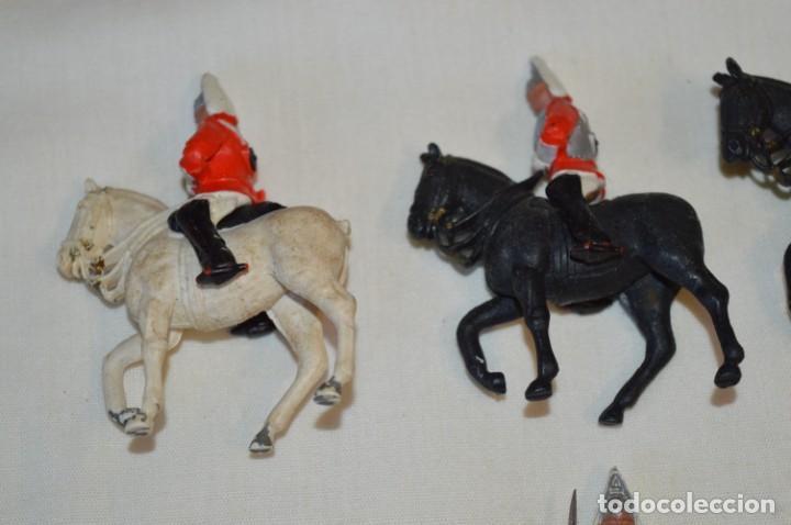 Figuras de Goma y PVC: 14 SOLDADOS VARIADOS y CABALLOS / De FOR BRITAINS LTD. - Antiguos - Plástico / PVC ¡Mira fotos! - Foto 3 - 194291180