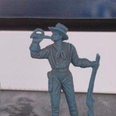 Figuras de Goma y PVC: FIGURA ANTIGUA DE PLÁSTICO DE VAQUERO SIN PINTAR. Lote 194324630