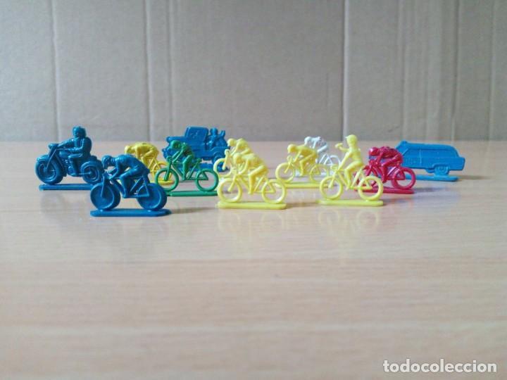 Figuras de Goma y PVC: LOTE 001 - GRUPO DE CICLISTAS DE PEQUEÑO TAMAÑO - Foto 2 - 194331100