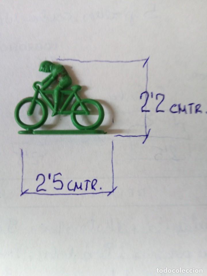 Figuras de Goma y PVC: LOTE 001 - GRUPO DE CICLISTAS DE PEQUEÑO TAMAÑO - Foto 8 - 194331100