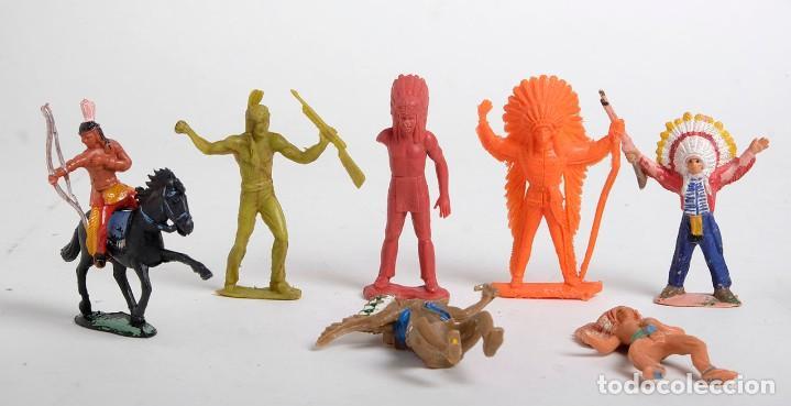 Figuras de Goma y PVC: Lote de 7 figuras de indios de diferentes marcas y años. Comansi, Pech, Lafredo, Reamsa... - Foto 2 - 194436715